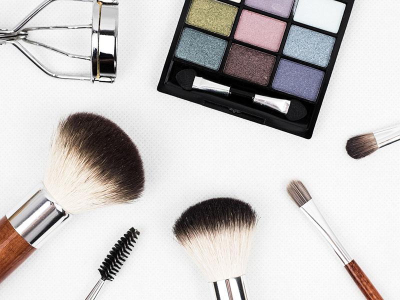 makeupthumb